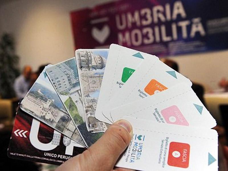 Abbonamenti agevolati e biglietti scontati per studenti for Umbria mobilita